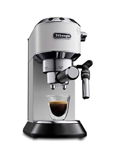 De'Longhi Dedica Style EC 685.W Espresso Siebträgermaschine, Espressomaschine mit Professioneller Milchschaumdüse, nur 15 cm breit, 1 Liter Wassertank, Vollmetallgehäuse, E.S.E Pads geeignet, weiß