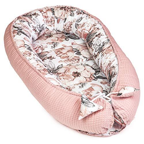 Babynest Neugeborene Nestchen Baby - Kokon Handmade zweiseitig aus Baumwolle mit Oeko-Tex Babynestchen (Rosa Waffel Piqué und Rosen Muster Baumwolle, 90 x 50 cm)